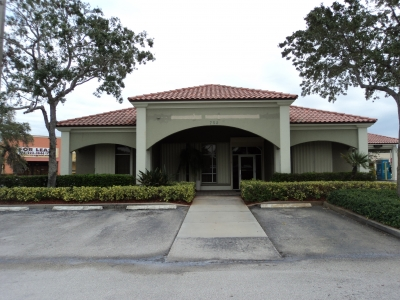 3,116 SF FORMER BANK ON US 1 FOR LEASE