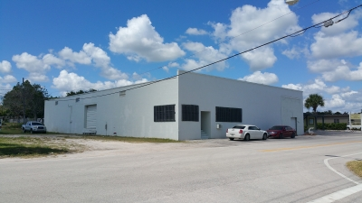 8,140 SF WAREHOUSE FOR SALE - 1705 Old Dixie Hwy.