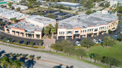 985 - 1,495 SF OFFICE SPACE AT MODERN ONE FOR LEASE - 2101 Indian River Blvd.
