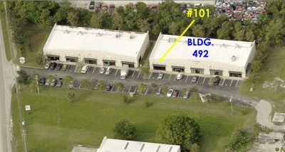 2,100 SF VERO OFFICE/RETAI/INDUSTRIAL FOR SALE OR RENT - 490-492 Old Dixie Hwy.