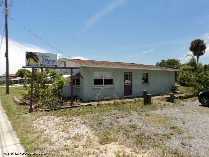 864 SF U.S. 1 BUILDING ON .56 ACRES - 14475 US 1