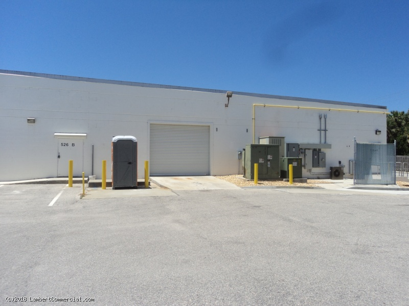 7,632 SF WAREHOUSE SPACE IN MIRACLE MILE FOR LEASE - 520 21st Street
