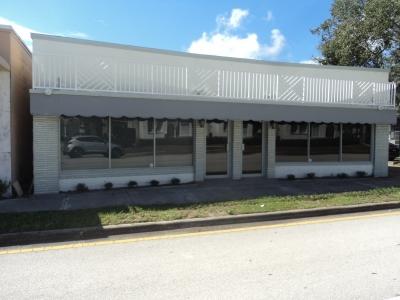 2,645 SF OFFICE BUILDING ON SR 60 FOR SALE - 847 20th Place