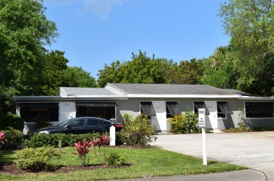 745 SF BEACHSIDE OFFICE FOR LEASE - 1702 Club Drive