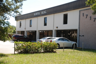SR 60 OFFICE BUILDING FOR SALE  - 1717 20th Street