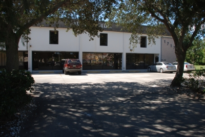 SR 60 OFFICE SPACE FOR RENT  - 1717 20th Street